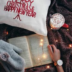 It's the most wonderful time of the year |  Pinterest: @xchxara