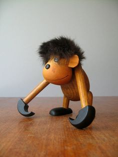 Mid Century Wooden Zoo Line Style Monkey / Ape Figurine by luola