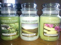 <3 Yankee Candles!