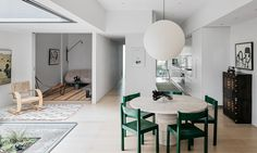 Jo's favourite dining rooms 2018 – part 1 - AP Design House Modern Interior, Interior Architecture, Rugs In Living Room, Living Spaces, Living Area, Australian Homes, Home Additions, Interior Design Inspiration, Decoration