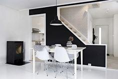 Black n white simple