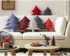 You can't miss every element in the process of Christmas decoration. The pillow is one of the elements that you can easily ignore. Christmas pillow is a very comfortable way to decorate your home for the holidays, but you don't have to buy a new Chri Christmas Makes, Noel Christmas, Beautiful Christmas, Christmas Tress, Xmas Tree, Christmas Crafts, Christmas Decorations, Christmas Ornaments, Christmas Sewing Projects