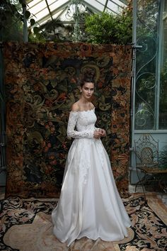Lihi Hod bridal Collection 2016 - lihihod | wedding dress. Off-Shoulder. Silk.