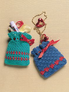 Crochet pattern download from Scrap Crochet Christmas. Order here: https://www.anniescatalog.com/detail.html?prod_id=114043
