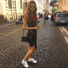 Pelas ruas de Roma 🌹❤️🇮🇹 #BellaItalia | Luiza Frujuelli