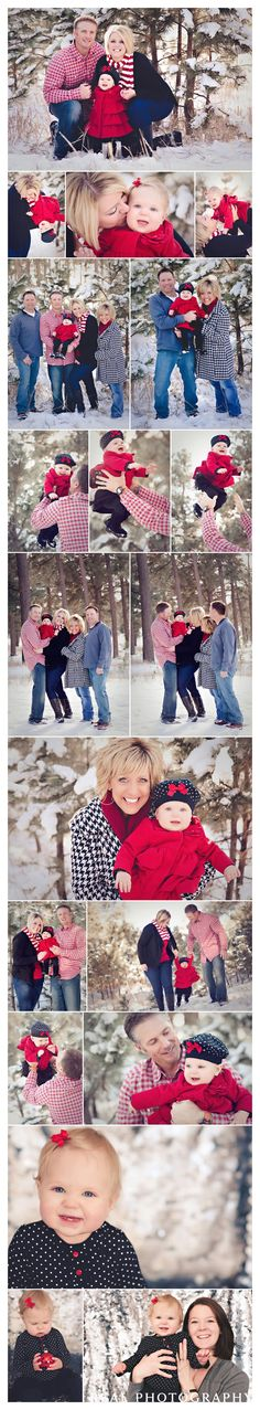 winter family portraits in the snow