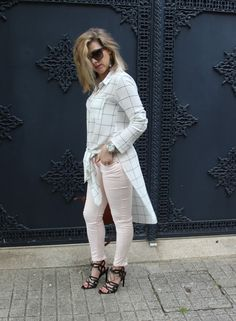 Coco and Jeans: Outfit : Maxi Shirt with Pastel Jeans