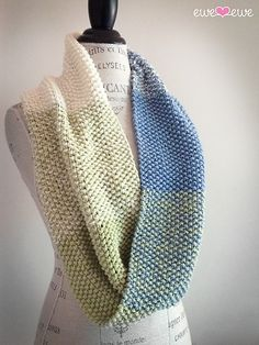 Ravelry: Color Theory Cowl pattern by Heather Walpole
