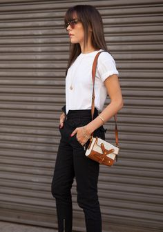 Look sem esforço: 6 maneiras de usar camiseta branca