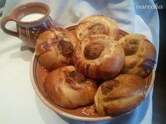Laznícky slaný koláč (fotorecept) - recept   Varecha.sk Muffin, Breakfast, Food, Basket, Red Peppers, Morning Coffee, Essen, Muffins, Meals
