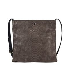 Bolso bandolera de piel en color marrón #bolsodepiel #handbags #Bridas #Clenapal #FW14