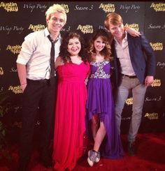 Austin and ally cast. Laura is rocking that dress and the shoes