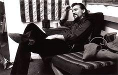 Love me some Waylon Jennings.