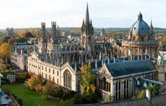 The Rhodes Scholarships are postgraduate awards supporting outstanding all-round students at the University of Oxford each year. Best Hotel Deals, Best Hotels, Rio Tamesis, Visit Oxford, College Aesthetic, Dream School, Walkabout, Southampton, Hotel Reviews