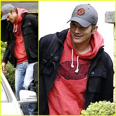 Ashton Kutcher Breaking News, Photos, and Videos | Just Jared | Page 37