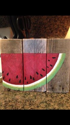 Hand painted watermelon on reclaimed pallet wood by Ranmasplace Wood Block Crafts, Pallet Crafts, Pallet Art, Wood Crafts, Wood Projects, Watermelon Painting, Watermelon Crafts, Watermelon Carving, Wood Pallets