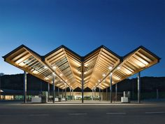 Eco station with photovoltaic roof: Acciona service station, Legarda, Spain. Designed by ah asociados, 2007.