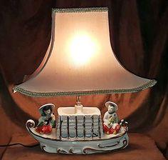 PREMCO-TV-Table-Lamp-1954-Chinese-Boat-Ceramic-Vintage-R15092001