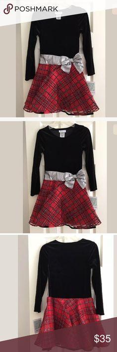 Bonnie Jean Dress Size 8 New with Tags Bonnie Jean. Upper half Velvet. NWT Bonnie Jean Dresses Formal