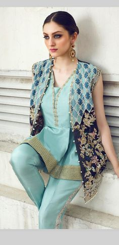 Colour combination (sky blue and royal blue) Pakistani Fashion Casual, Pakistani Dresses Casual, Pakistani Wedding Outfits, Pakistani Dress Design, Indian Outfits, Indian Fashion, Casual Dresses, Stylish Dresses For Girls, Lovely Dresses