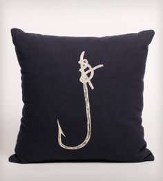 Hook Print Cotton Pillow//