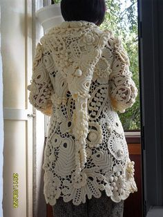 crochet knit unlimited ... This is sooo incredible. I melt just by looking at it gypsy , boho long hoodie crochet jacket