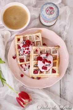 Dulce de Leche: Vafle z kysnutého cesta Breakfast Tea, Tea Time, Baking, Sweet, Juicing, Food, Basket, Dulce De Leche, Sweets
