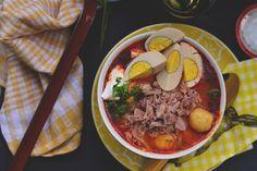 húsvéti sonka all in 1 Pot Roast, Ramen, Soup Recipes, Food And Drink, Favorite Recipes, Cooking, Ethnic Recipes, Creative, Carne Asada