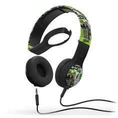 Buy latest models of Skullcandy Cassette Lurker Headphone at best price on online shopping store Okyvoky and get up to 17% discount.