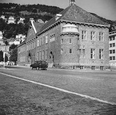 [Bergen off. bibliotek] fra marcus.uib.no