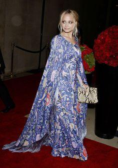 boho night dress= hippie chic. Nicole Richie always does it best.