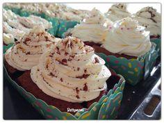 Diós gyümölcsös muffin mascarpone-krémmel | Betty hobbi konyhája Muffin, Dios, Mascarpone, Muffins, Cupcakes
