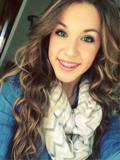 Girls With Braces - The biggest website and community for girls with braces. Braces are beautiful. Braces Girls, Cute Braces, Brace Face, Cute Hair Colors, Orthodontics, Beautiful Smile, Country Girls, Cute Hairstyles, Pretty Woman