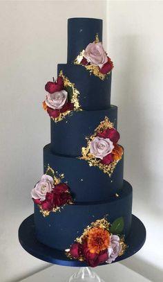 wedding cakes blue dark blue wedding cake, elegant wedding cakes, four tier wedding cake Wedding Cakes With Cupcakes, Wedding Cakes With Flowers, Elegant Wedding Cakes, Beautiful Wedding Cakes, Wedding Cake Designs, Beautiful Cakes, Rustic Wedding, Blue Wedding Cakes, Artist Cake