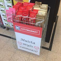 Kaupan juomaosastolla :) hauska idea