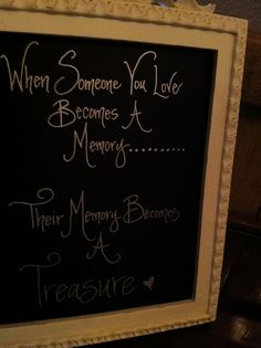 Memory Table by Forest House. I would change this a little. Memory Tree, In Memory Of Dad, Funeral Memorial, Wedding Memorial, Wedding Engagement, Our Wedding, Dream Wedding, Funeral Planning, Wedding Planning