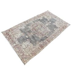 Turkish, persian and oriental rugs for a modern, timeless and transitional home Yellow Rug, Oriental Rugs, Black Rug, Entryway Rug, Floral Rug, Home Decor Accessories, Small Rugs, Persian, Rug Size