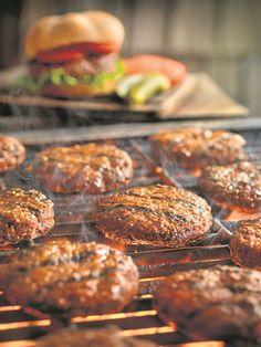 Tuisgemaakte hamburgerpatties proe nie net beter nie, maar is ook gesonder as dié wat kommersieel geproduseer word.