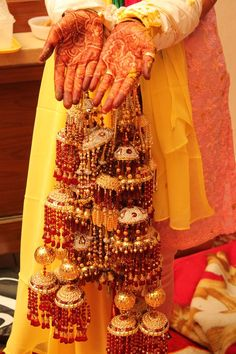 Traditionally preferred by Punjabi brides, kalire's have always had its own elegant charm.