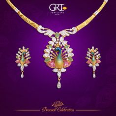 Gold Mangalsutra Designs, Gold Earrings Designs, 1 Gram Gold Jewellery, Gold Jewellery Design, Peacock Jewelry, Gold Necklace Simple, Jewelry Patterns, Lockets, Pearl Jewelry
