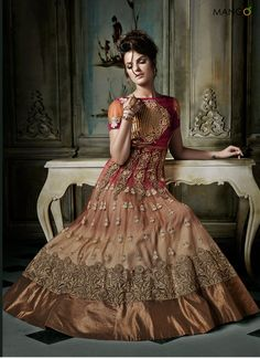 CLASSIC MAROON AND PEACH SHADED WEDDING SUIT  CODE:-7261 PRICE:-5269/-
