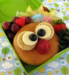 Kids Lunch: What an adorable Owl. Lunch just became fun again! Healthy Lunches For Kids, Lunch Snacks, Kids Meals, Kid Lunches, Kid Snacks, School Lunches, Cute Food, Good Food, Honey Toast