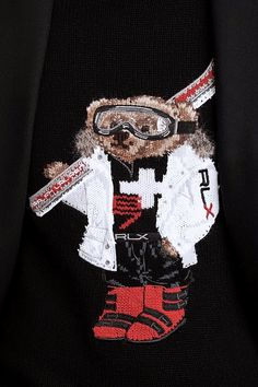 Dressed for a day on the slopes, the makes his appearance at Milan Men's Fashion Week in an RLX jacket, goggles, and red ski boots. As seen on an intarsia sweater from the new Ralph Lauren Purple Label Fall 2019 collection. Milan Men's Fashion Week, Ski Boots, Preppy, Skiing, Polo Ralph Lauren, Mens Fashion, My Style, Purple, Ski