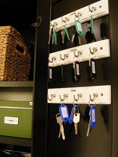 Love this key organization system. Then when I can't find my keys I know there's a spare :)