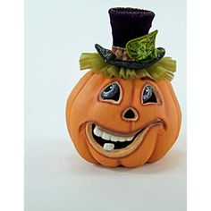 North Pole offers for sale in UK and Europe this exclusive Pumpkin Patch Short Carved Pumpkin Face - item from Katherine's Collection. Katherine's Collection designs and manufactures spectacular holiday decor and accessories. Halloween Gourds, Halloween Cakes, Spirit Halloween, Halloween Themes, Fall Halloween, Halloween Decorations, Halloween 2019, Classy Halloween, Halloween Clipart