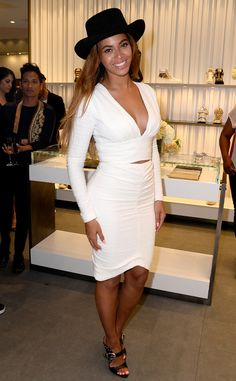 Queen Bey looks truly FLAWLESS.