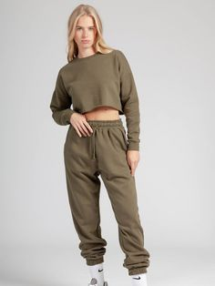 Khaki fleece sweatshirt for women. Trendy raw hem cropped sweater. Stylish comfortable women's wear to enjoy a day at home. 🍍Shop the style online 🍍 Cropped Sweater, Lounge Wear, Khaki Pants, Women Wear, Stylish, Sweatshirts, Sweaters, How To Wear, Shopping