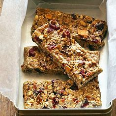 20 healthy snacks by Sunset Magazine- Try granola bars as a filling, energizing snack! Great for a mid-day snack or late night craving healthy alternative! Wine Recipes, Snack Recipes, Cooking Recipes, Healthy Recipes, Nut Recipes, Blender Recipes, Jelly Recipes, Bread Recipes, Recipies