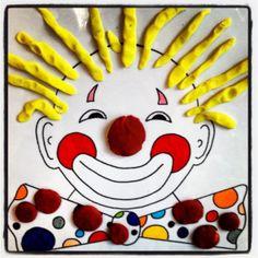 a modeler: Les boudins Clown Crafts, Circus Crafts, Carnival Crafts, Carnival Themes, Carnival Masks, Circus Theme, Clown Cirque, Le Clown, Preschool Circus
