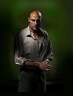 ONE OF THE BEST SHOWS I HAVE EVER SEEN! #MARKSTRONG AS EDDIE CARBONE (A View From The Bridge)